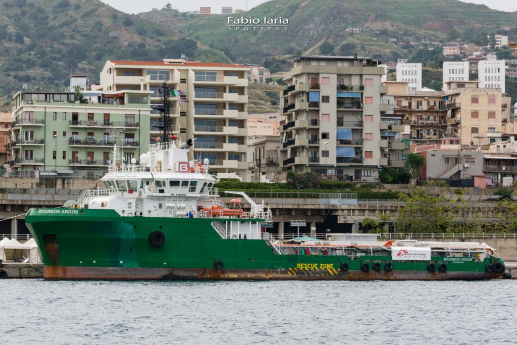 Photos de navires Luxembourgeois Armateur enre Belgique B 1 Bourbo10