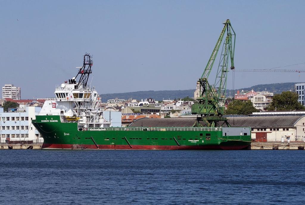 Photos de navires Luxembourgeois Armateur enre Belgique B 1 Bourbo11