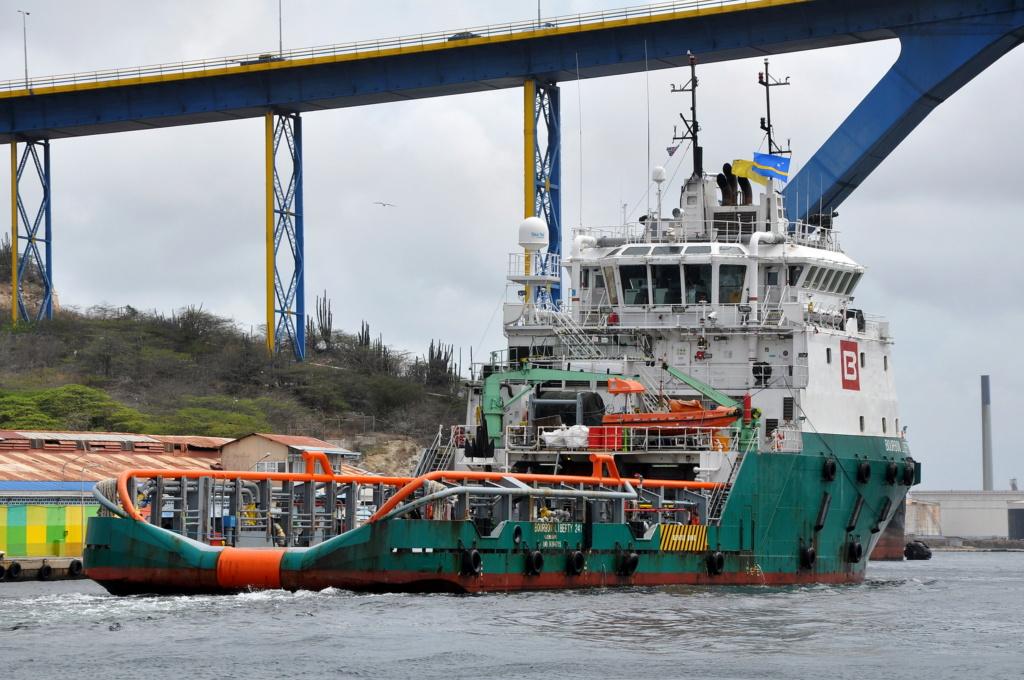 Photos de navires Luxembourgeois Armateur enre Belgique B 1 Bourbo32