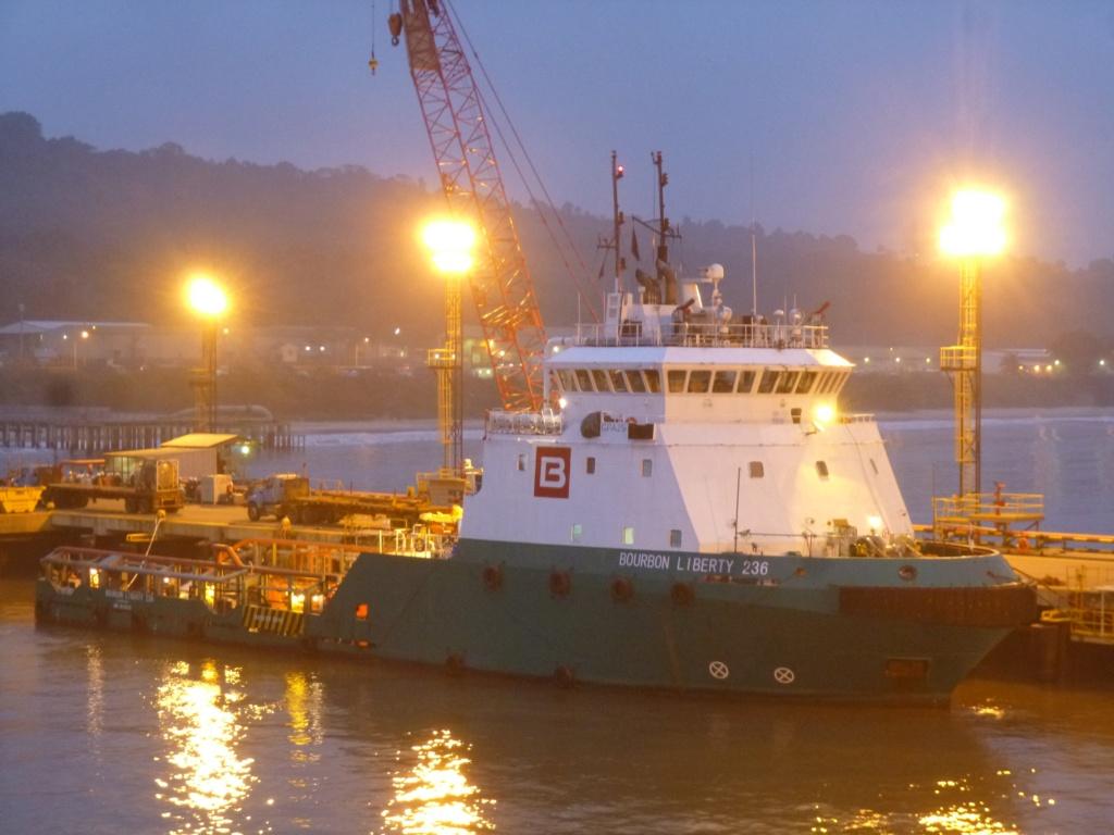 Photos de navires Luxembourgeois Armateur enre Belgique B 1 Bourbo34