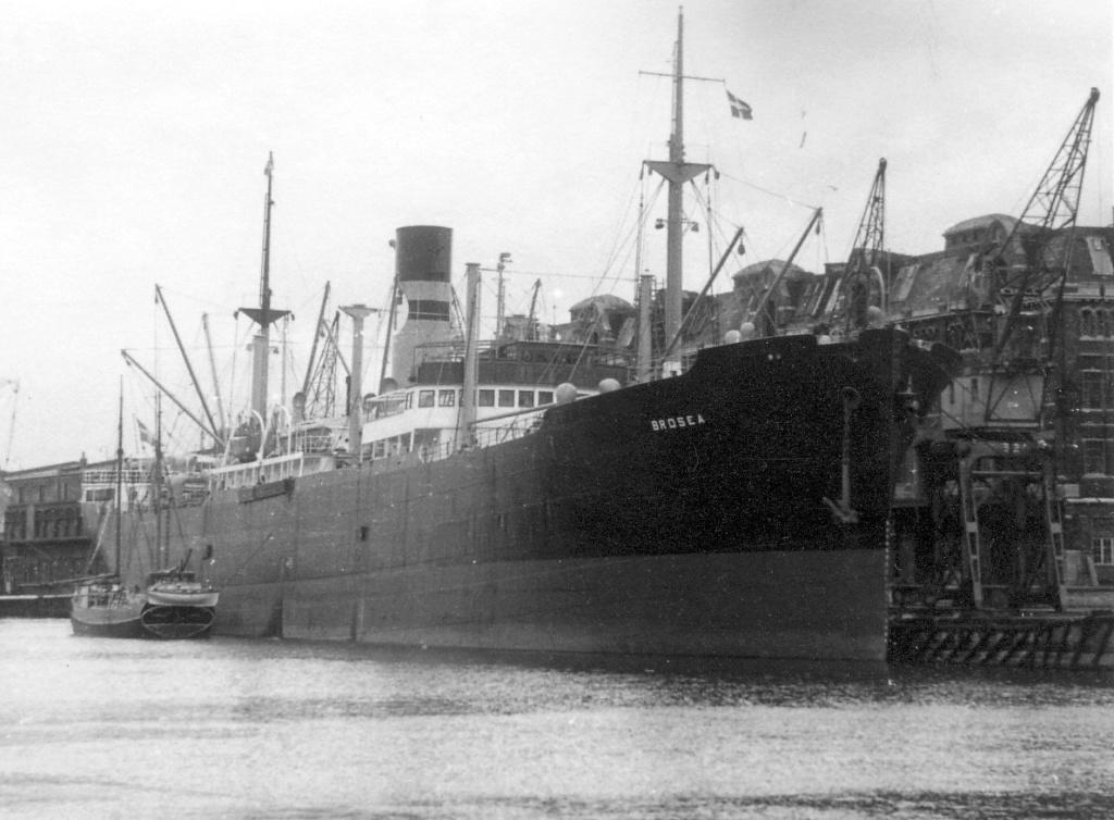 Photos General cargo avant 1940 (Plus 3000gt) 5  Brosea10