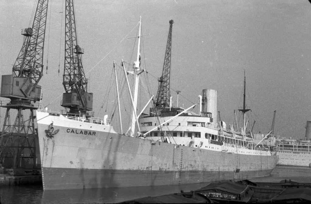 Photos General cargo avant 1940 (Plus 3000gt) 15 Calaba10
