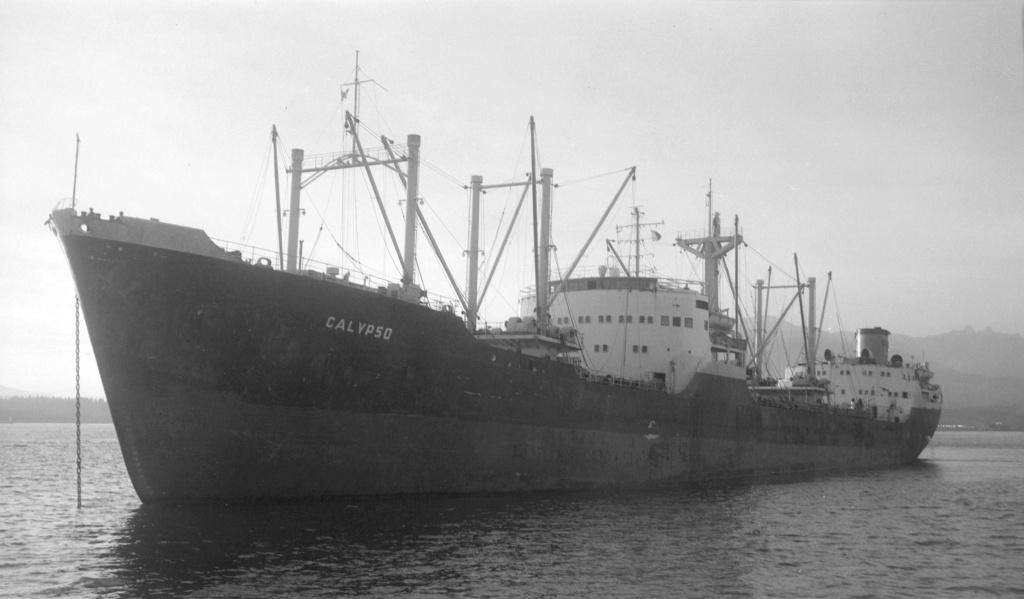 Photos Navires du monde construit entre 1950-1960 (3) Calyps10