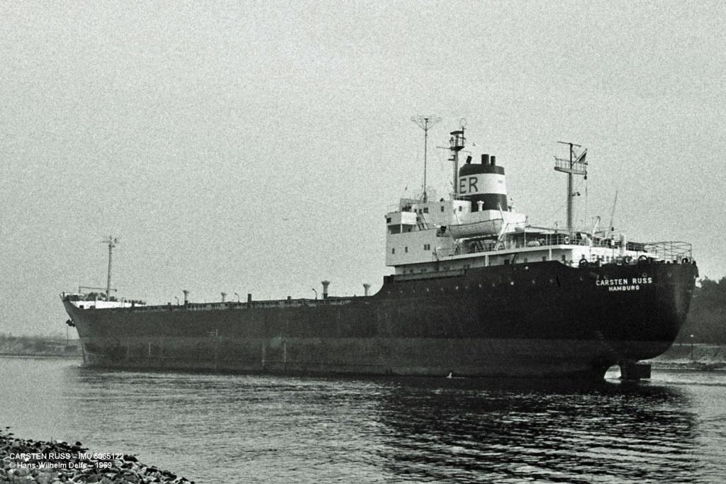 Photos Navires du monde construit entre 1950-1960 (7) Carste10