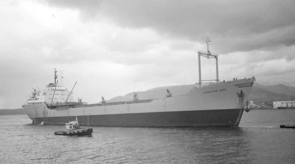 Photos Navires du monde construit entre 1950-1960 (3) Caspia10