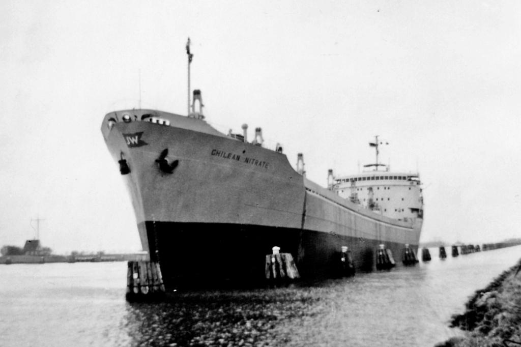 Photos Navires du monde construit entre 1950-1960 (1) Chilea10