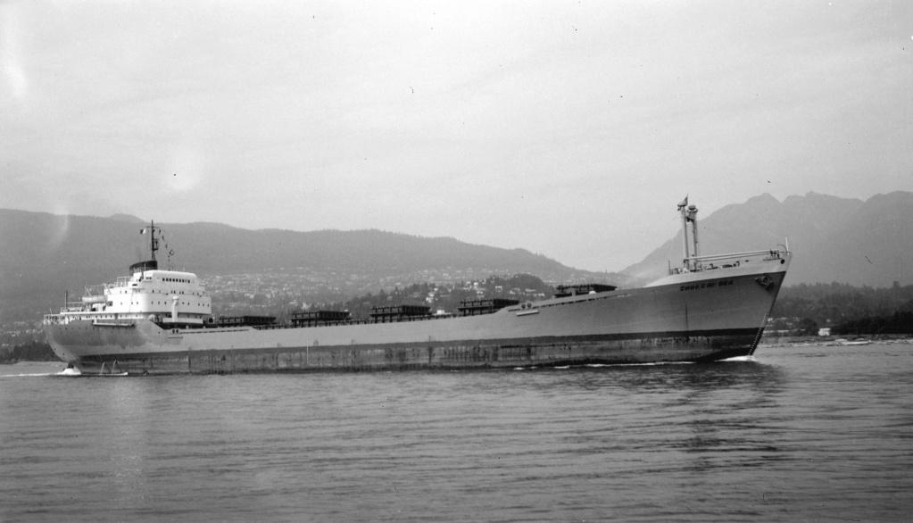 Photos Navires du monde construit entre 1950-1960 (5) Chukch10
