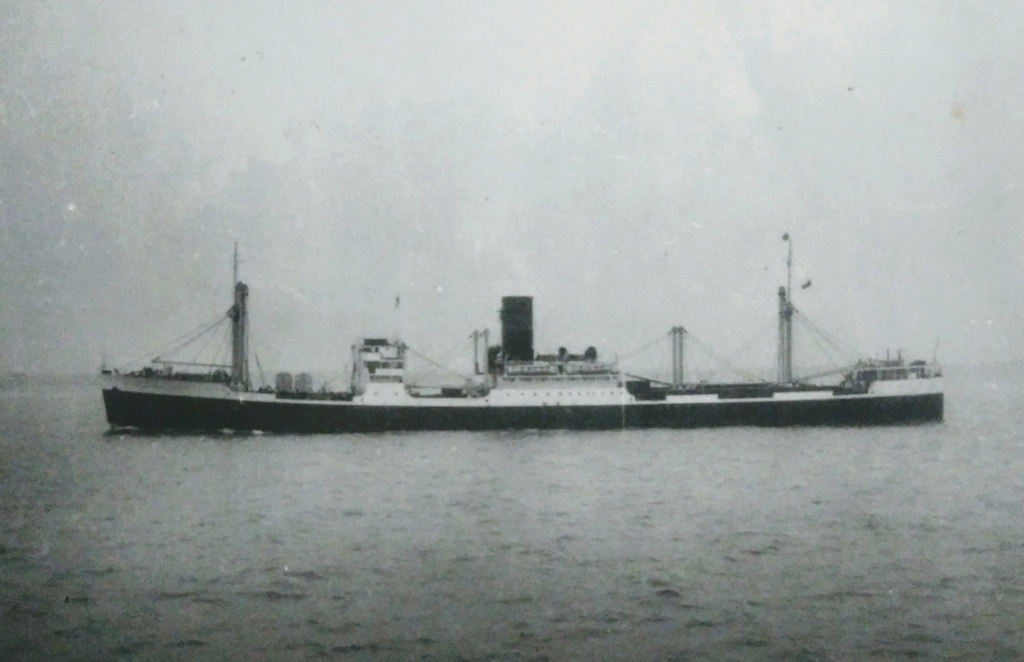 Photos General cargo avant 1940 (Plus 3000gt) 1  Clan_m10