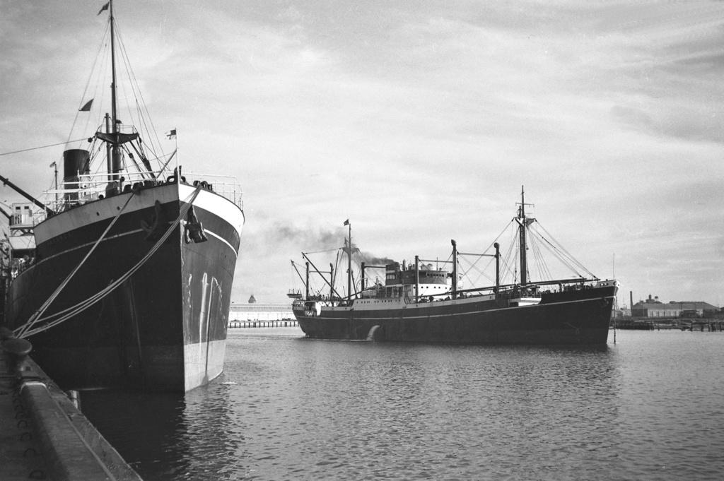Photos General cargo avant 1940 (Plus 3000gt) 4 Corind10