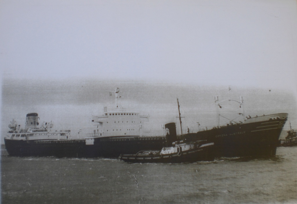 Photos Navires du monde construit entre 1950-1960 (7) Corona12