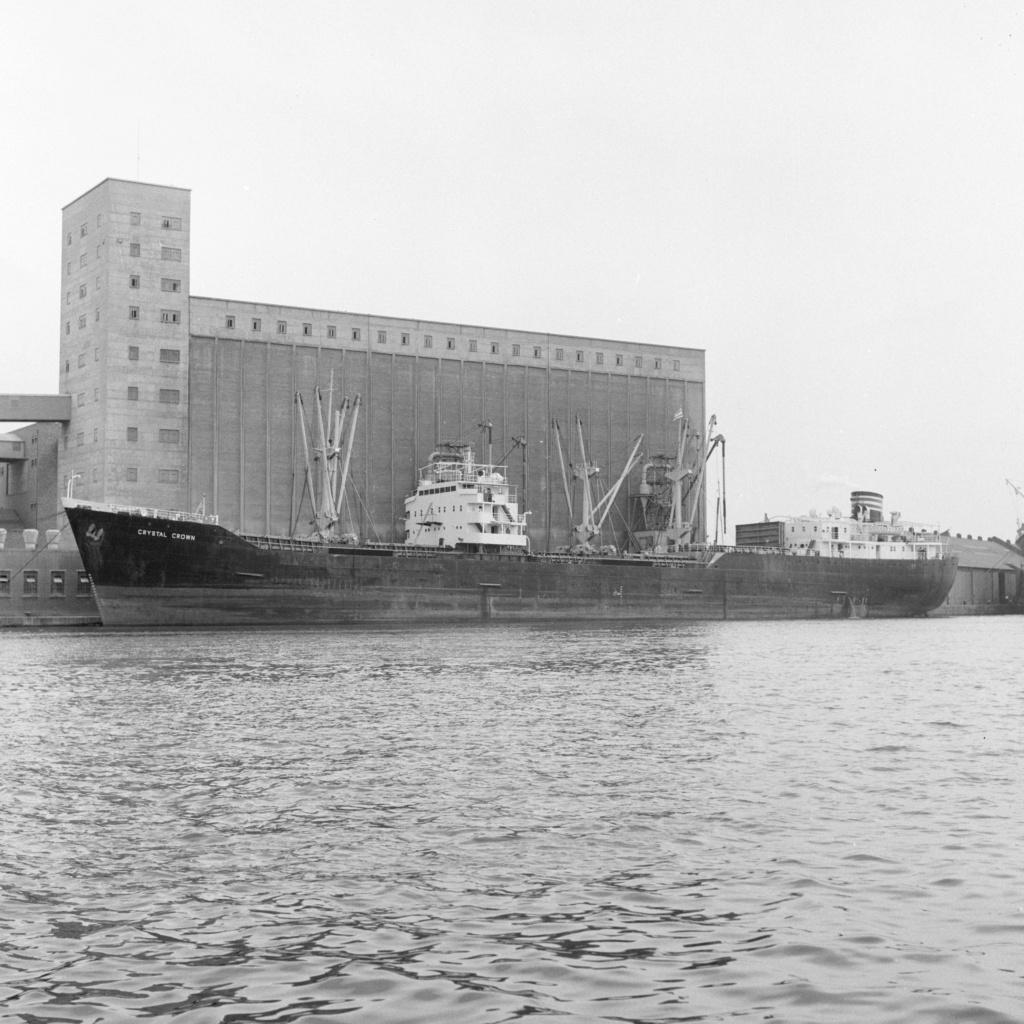 Photos Navires du monde construit entre 1950-1960 (1) Crysta12