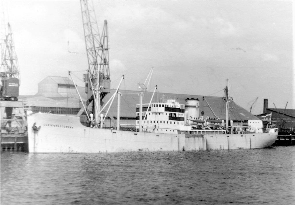Photos General cargo avant 1940 (Plus 3000gt) 5  Curie_10