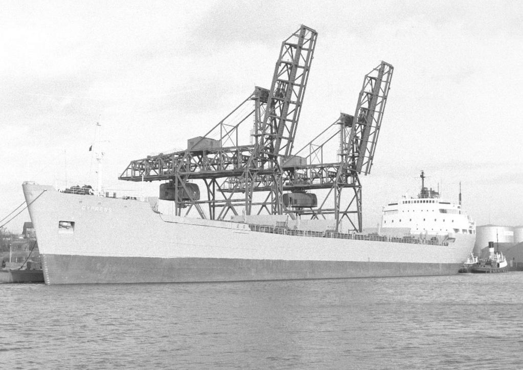 Photos Navires du monde construit entre 1950-1960 (3) Cypres11