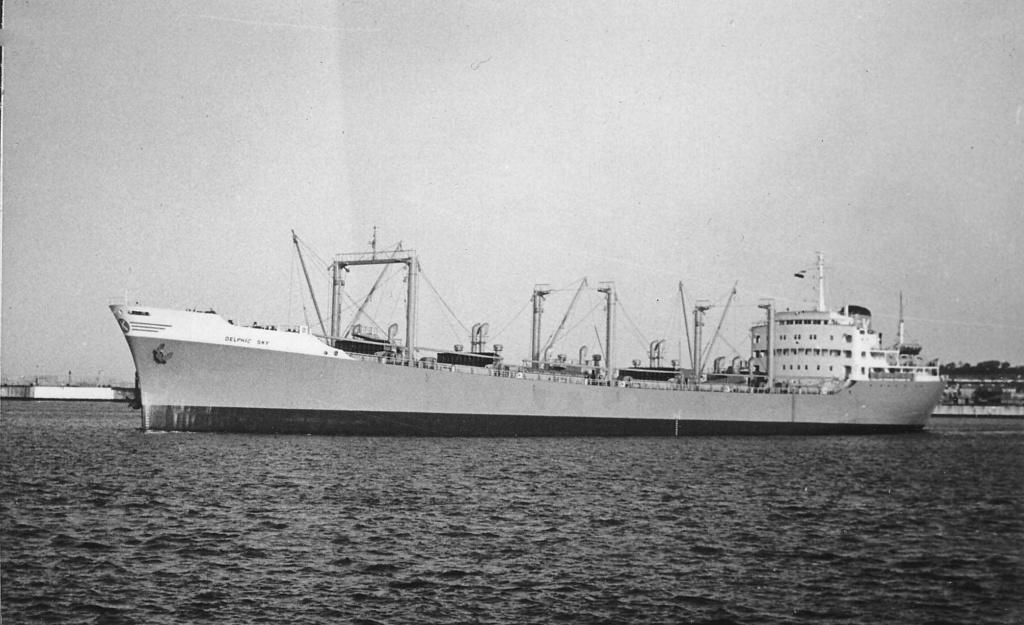 Photos Navires du monde construit entre 1950-1960 (7) Delphi10