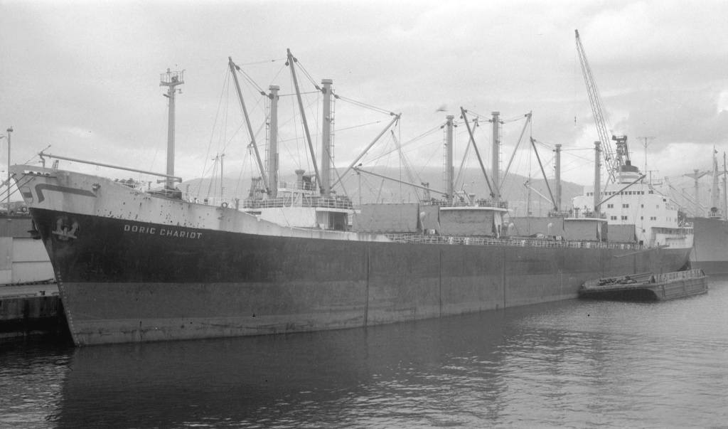 Photos Navires du monde construit entre 1950-1960 (2) Doric_10