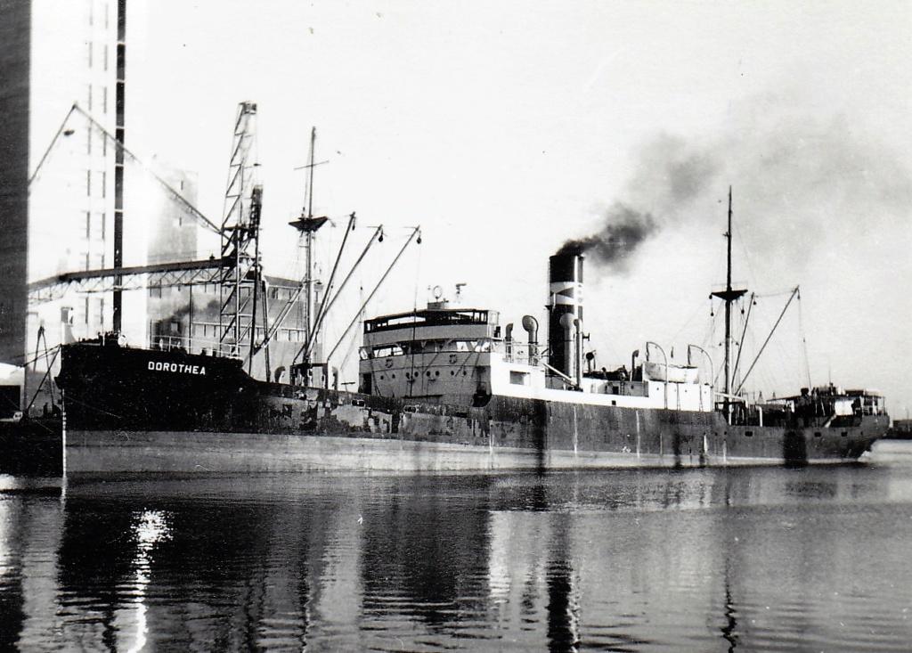 Photos General cargo avant 1940 (Plus 3000gt) 6 Doroth10