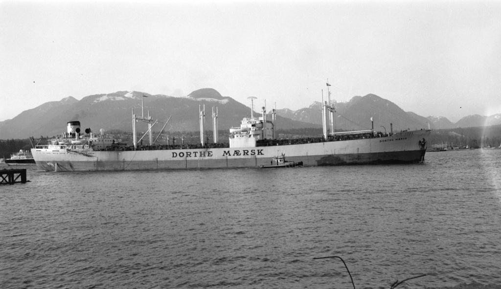 Photos Navires du monde construit entre 1950-1960 (3) Dorthe10