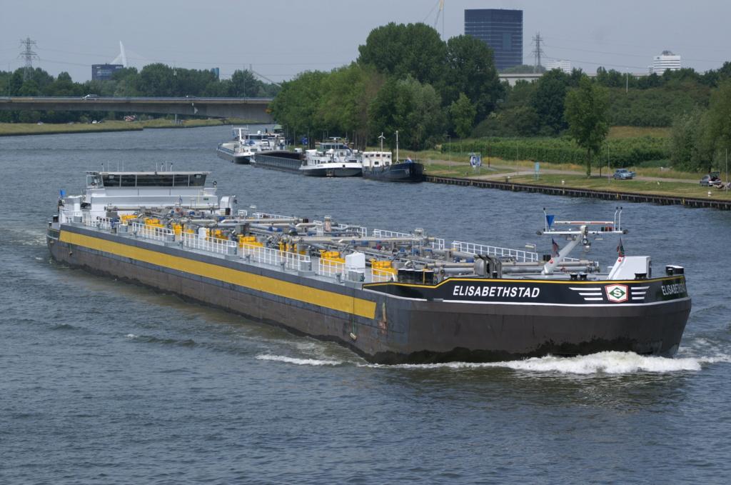 Photos des Navires Belge de la marchande,Fluviale et Pêche 1 Elisab11