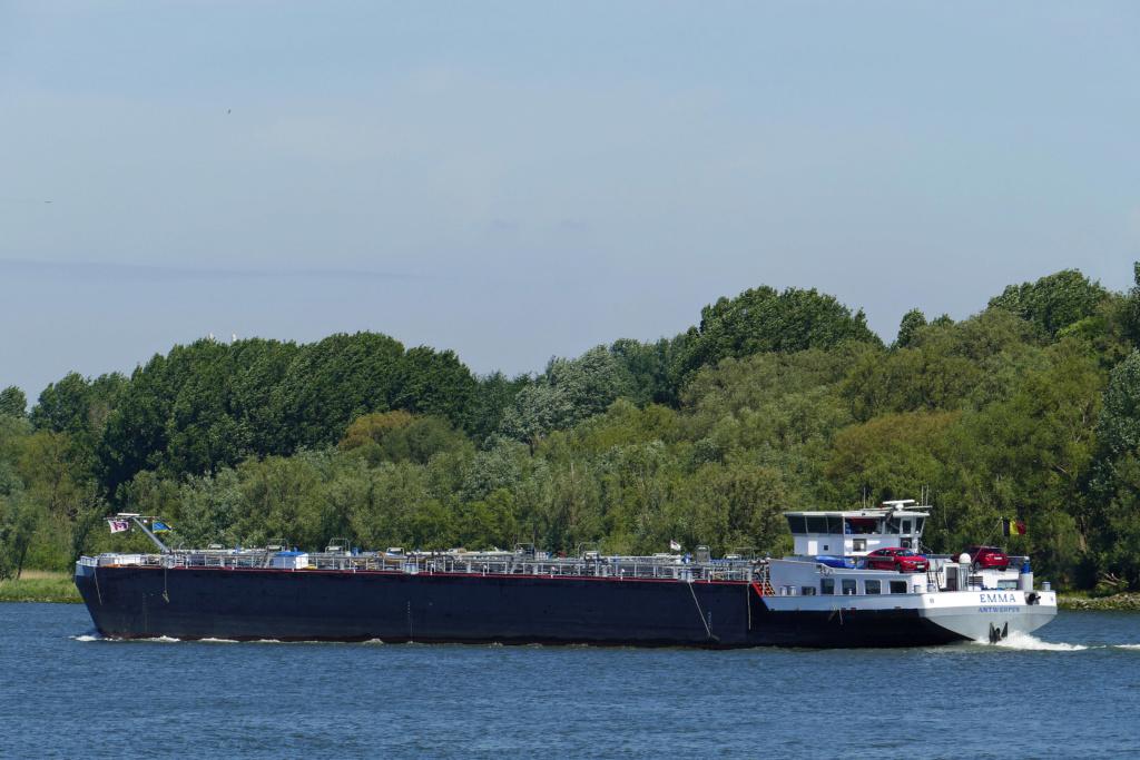 Photos des Navires Belge de la marchande,Fluviale et Pêche 1 Emma_i10