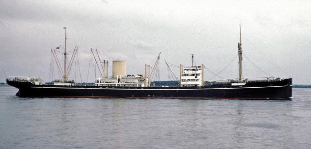 Photos General cargo avant 1940 (Plus 3000gt) 1  Erria_10