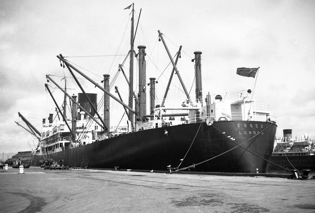 Photos General cargo avant 1940 (Plus 3000gt) 4 Essex10