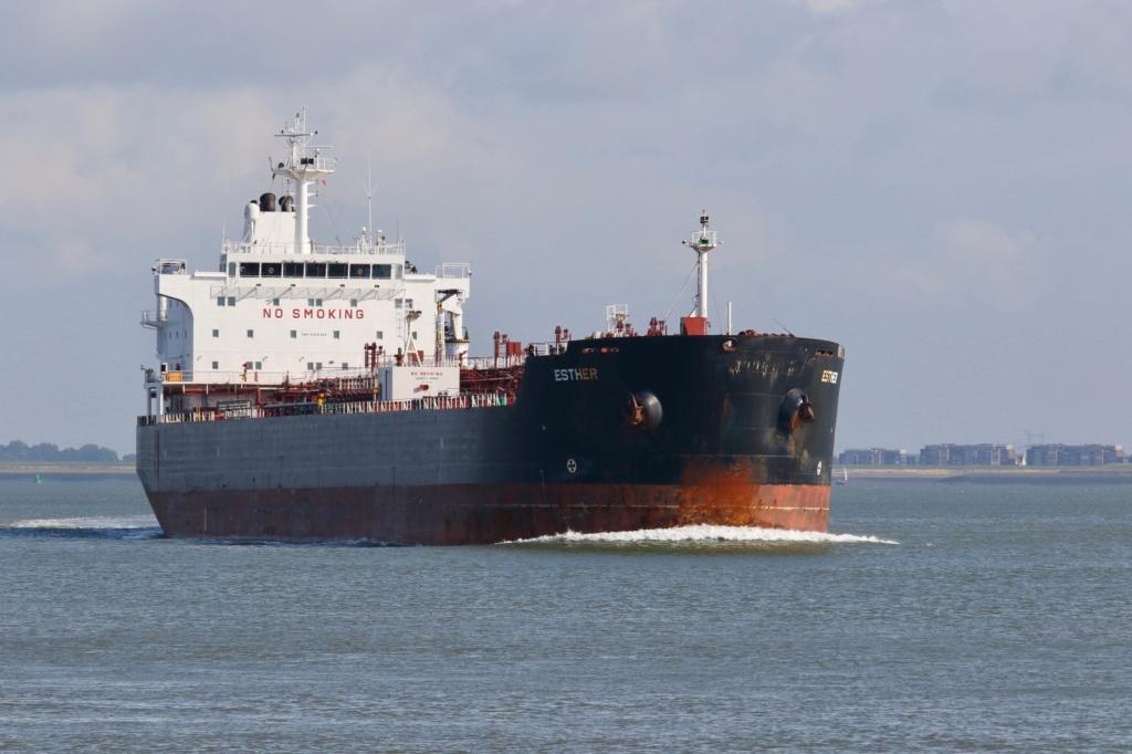 Photos de navires Luxembourgeois Armateur enre Belgique E Esther10