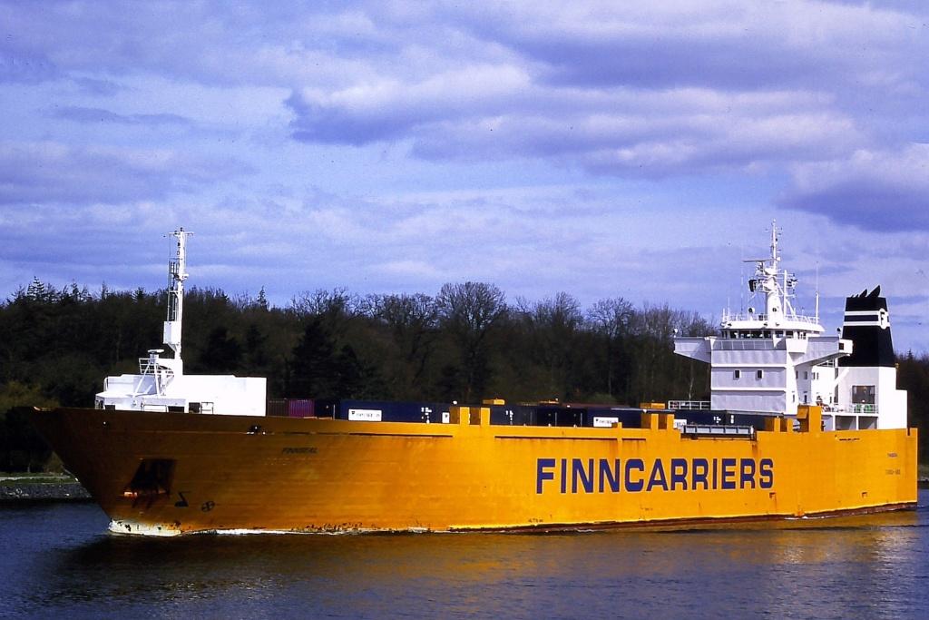 Photos de navires Luxembourgeois Armateur enre Belgique F Finnse10