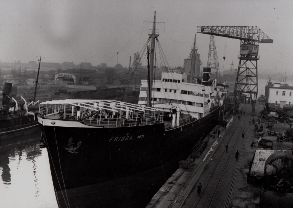 Photos General cargo avant 1940 (Plus 3000gt) 5  Frigga10