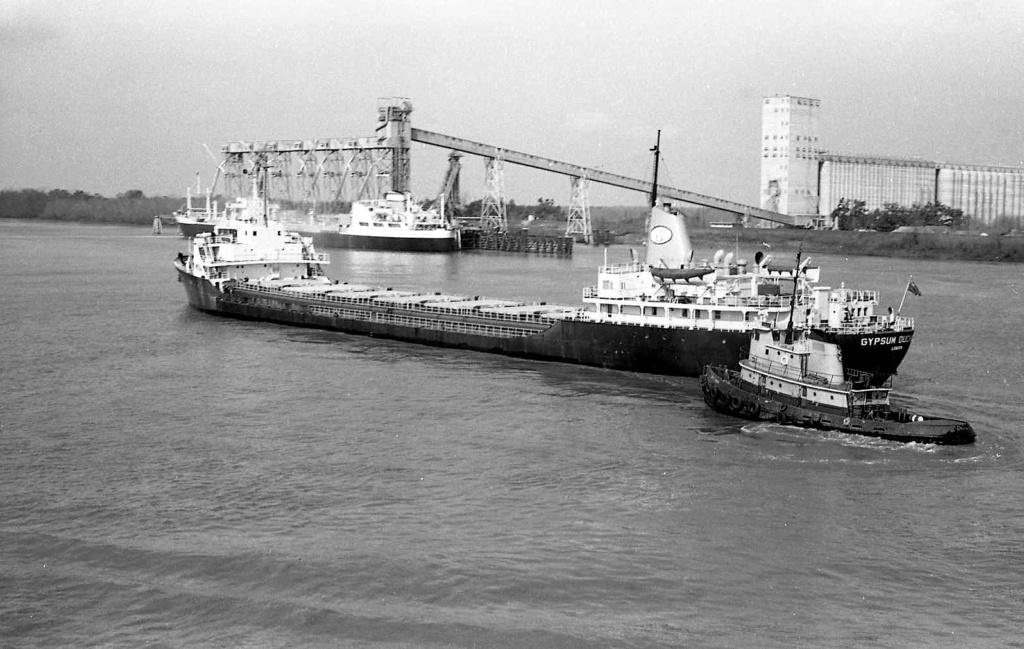 Photos Navires du monde construit entre 1950-1960 (7) Gypsum13