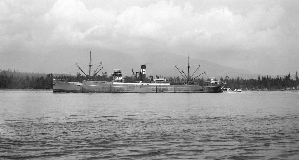 Photos General cargo avant 1940 (Plus 3000gt) 7  Harmat10