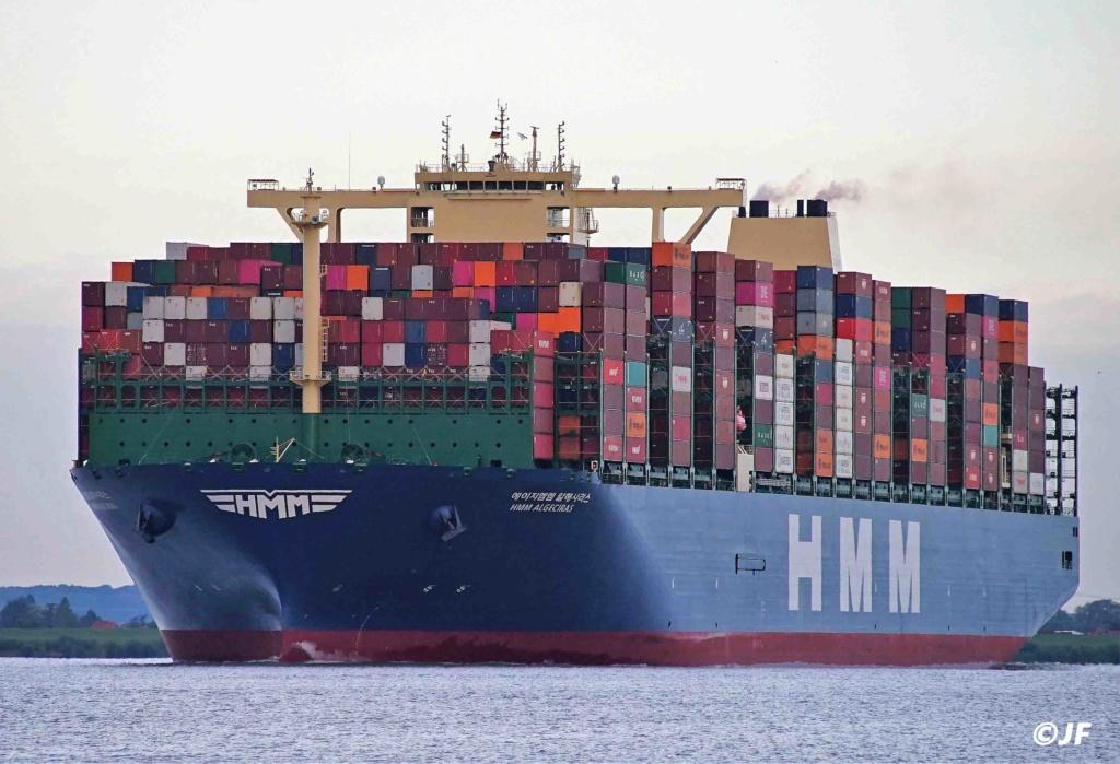 Le plus grand porte-conteneurs du monde en route pour ANVERS Hmm_al10