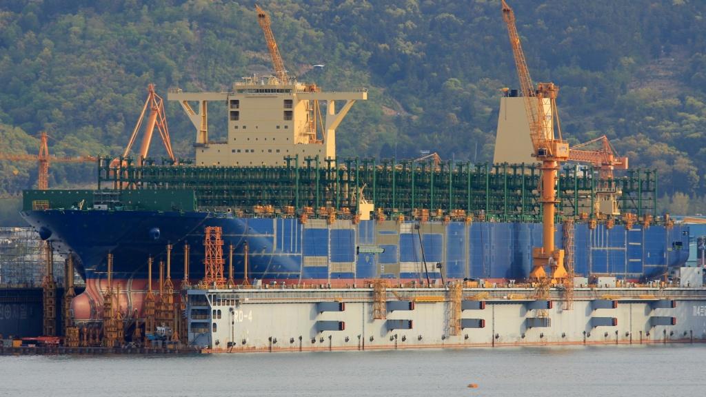 Pourquoi HMM construit-il les plus grands navires du monde? Hmm_le10