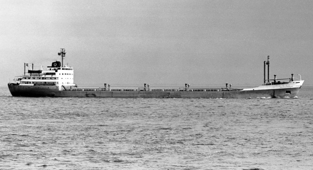 Photos Navires du monde construit entre 1950-1960 (2) Holend10