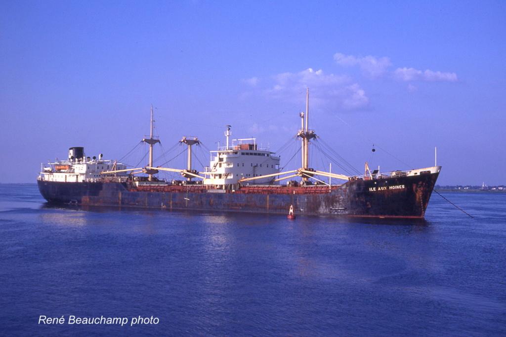 Photos Navires du monde construit entre 1950-1960 (6) Ile_au12
