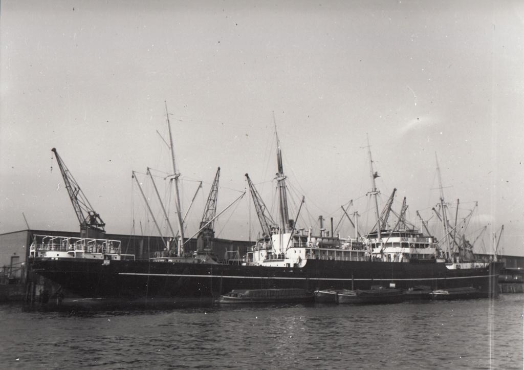 Photos General cargo avant 1940 (Plus 3000gt) 7  India_10