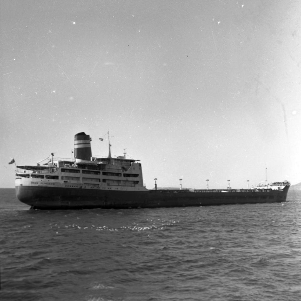 Photos Navires du monde construit entre 1950-1960 (1) Iron_f10
