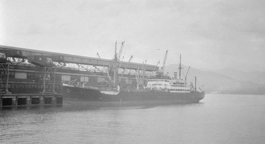 Photos General cargo avant 1940 (Plus 3000gt) 13 Isis10