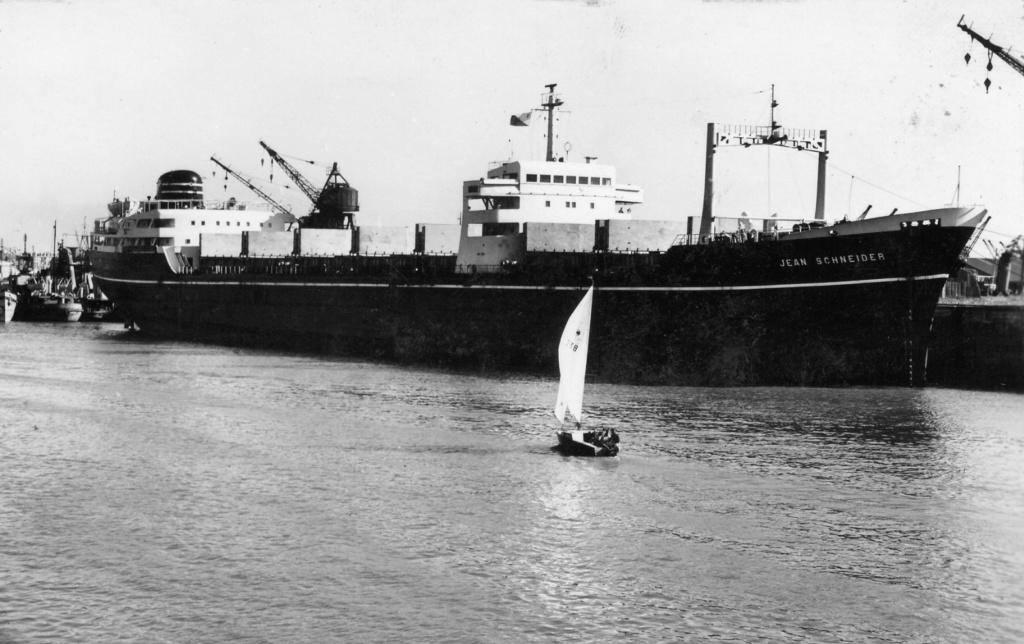 Photos Navires du monde construit entre 1950-1960 (7) Jean_s10
