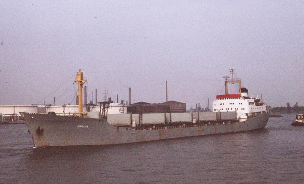 Photos Navires du monde construit entre 1950-1960 (6) Kimolo10