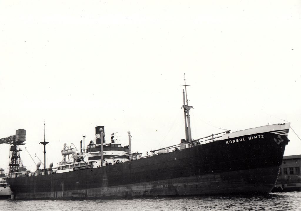 Photos General cargo avant 1940 (Plus 3000gt) 4 Konsul10