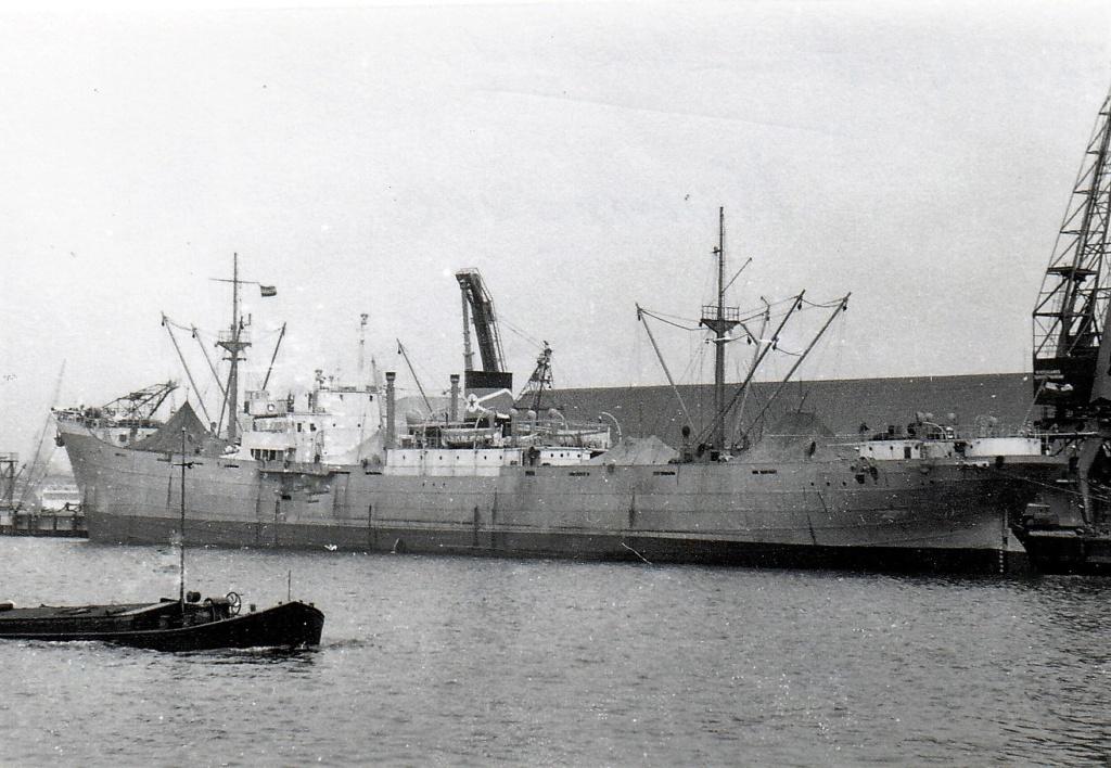 Photos General cargo avant 1940 (Plus 3000gt) 4 Kumrov10