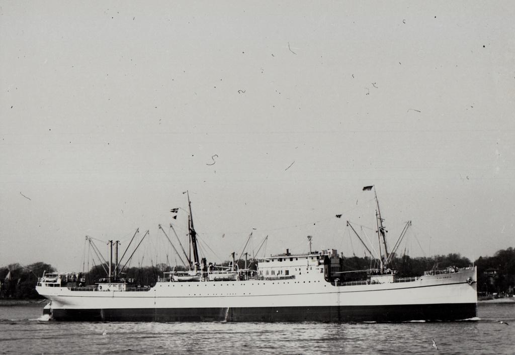 Photos General cargo avant 1940 (Plus 3000gt) 7  Laland10