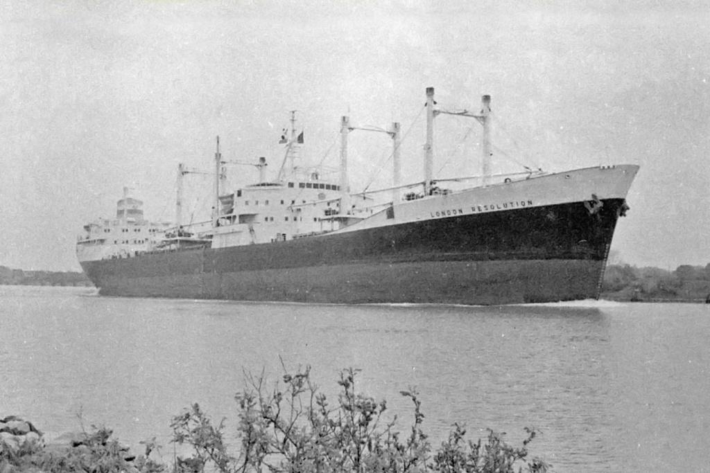 Photos Navires du monde construit entre 1950-1960 (4) London12