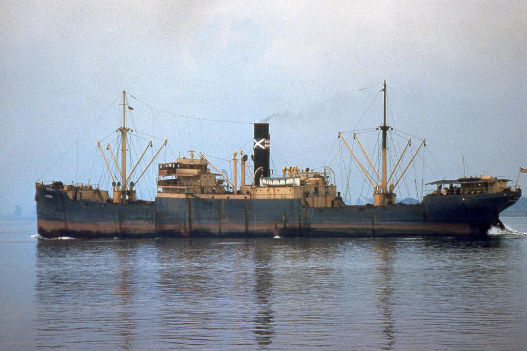 Photos General cargo avant 1940 (Plus 3000gt) 15 Lorna_10