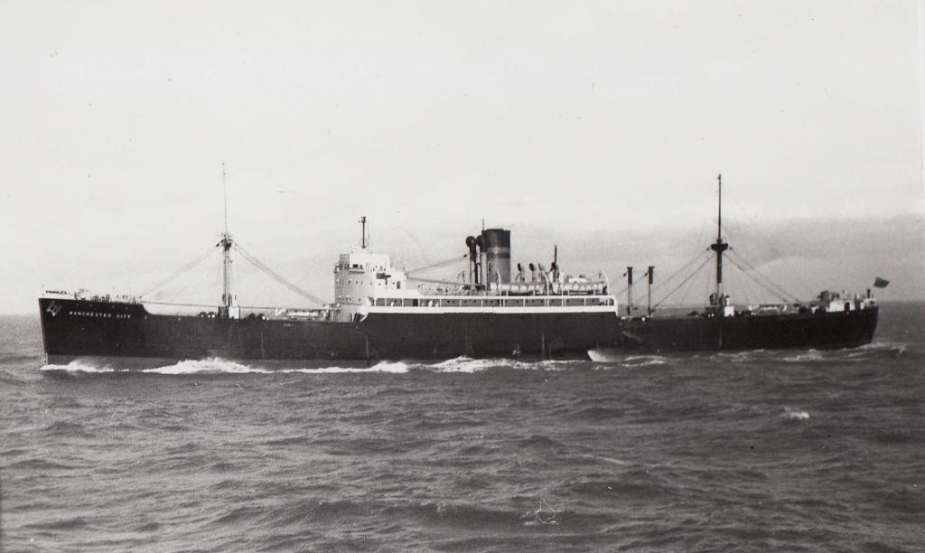 Photos General cargo avant 1940 (Plus 3000gt) 7  Manche11