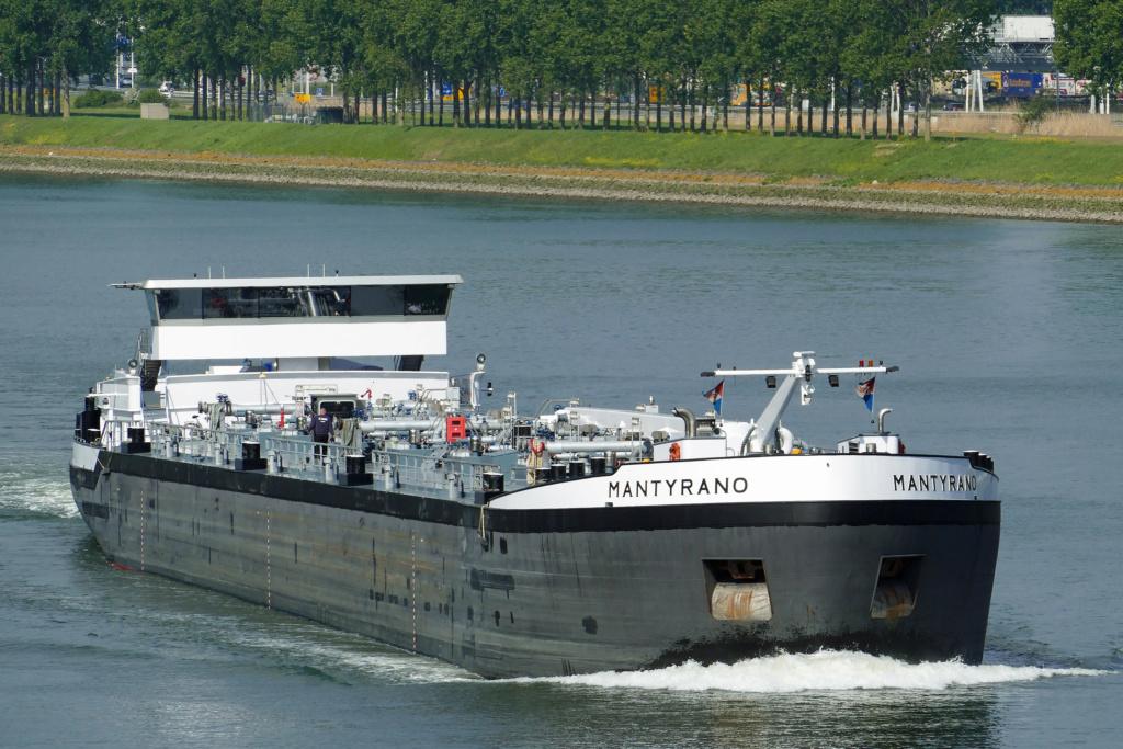 Photos des Navires Belge de la marchande,Fluviale et Pêche 2 Mantyr10