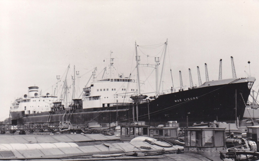 Photos Navires du monde construit entre 1950-1960 (5) Mar_li10