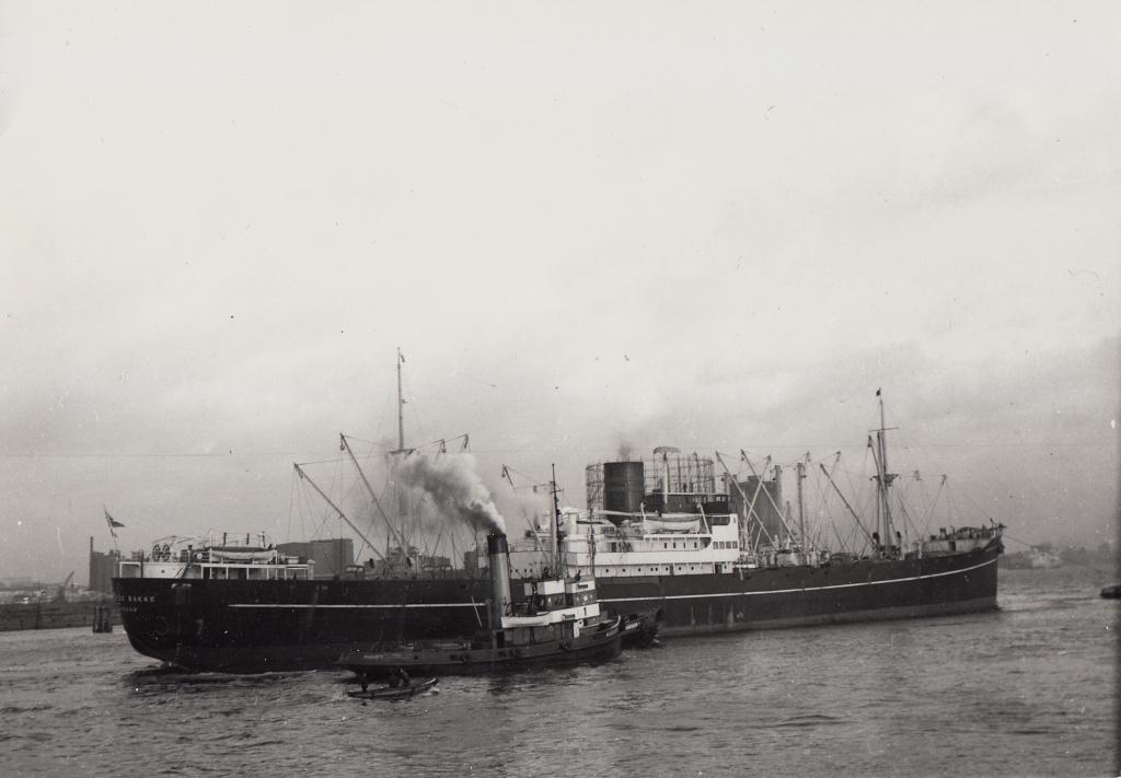 Photos General cargo avant 1940 (Plus 3000gt) 7  Margre10
