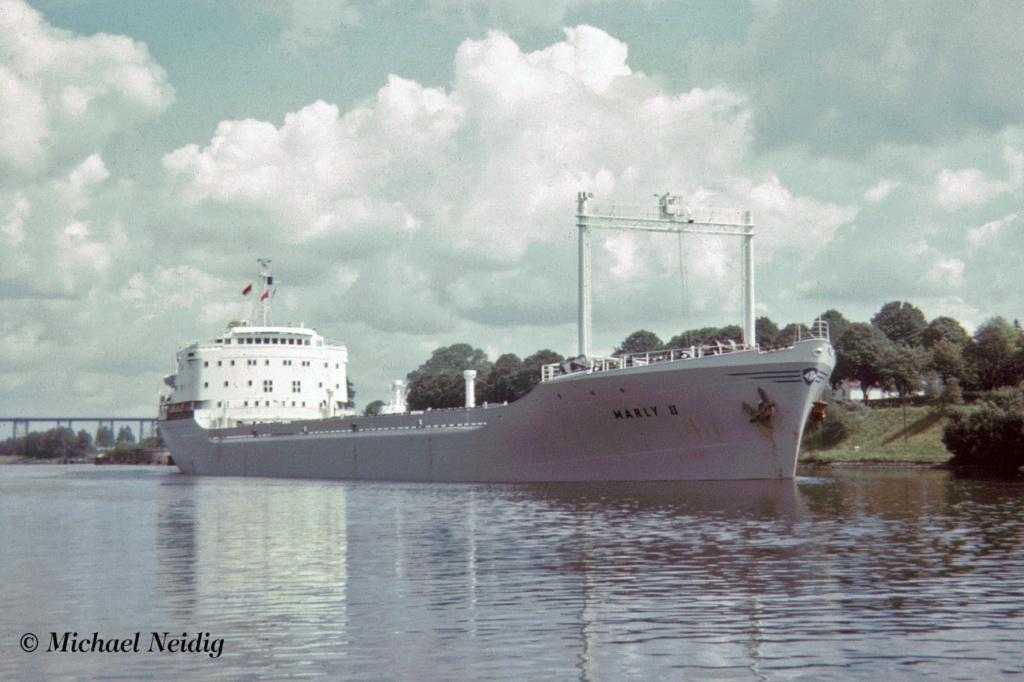 Photos Navires du monde construit entre 1950-1960 (7) Marly_10