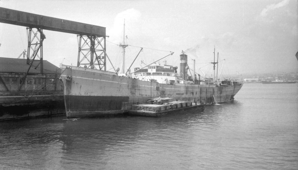 Photos General cargo avant 1940 (Plus 3000gt) 7  Master10